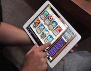 受炉石传说移动游戏刺激 网易Q2游戏收入超23亿